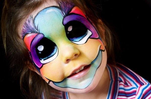 Você pode levar seu filho para ganhar uma bela pintura facial na Cidade da Criança