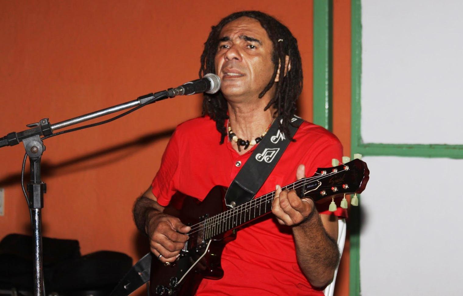 [DIA DA POESIA] Bardallos monta programação alternativa com sarau, feira livre e música