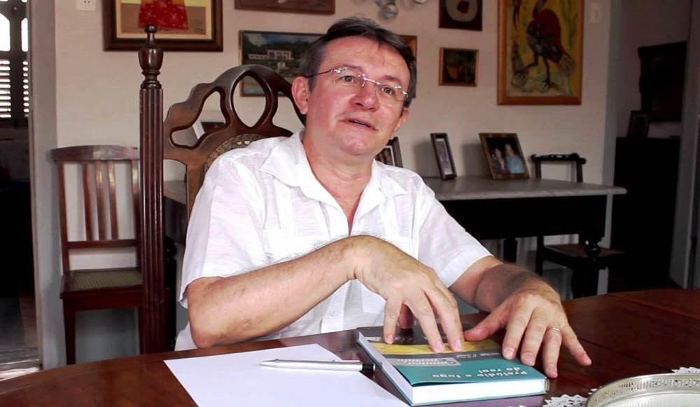 Mais novo imortal da ANL, Humberto Hermenegildo lançará o romance 'Rastejo'