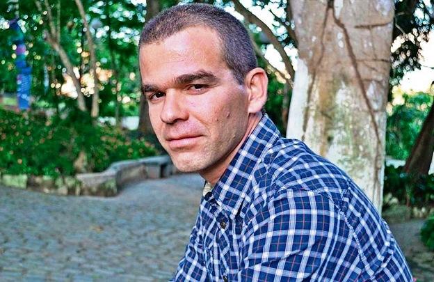 Autor vence Prêmio Sesc de Literatura com contos sobre violência na infância