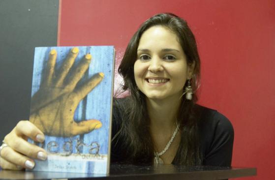 POETA DA SEMANA: Drika Duarte