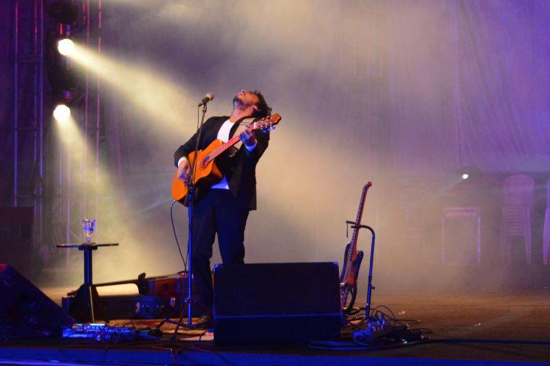CURTINHAS: Yrahn Barreto hoje na Cidade Alta, Café com Poesia, novo single de Luan Bates e mais