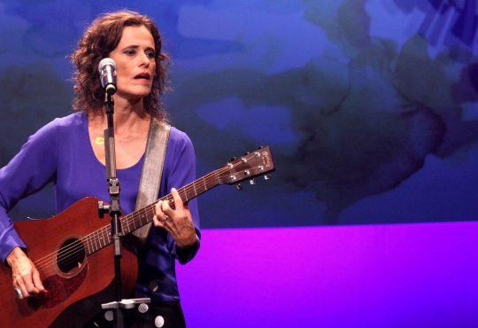 CURTINHAS: Zélia Duncan e Os Nonatos também farão shows no Flin essa semana