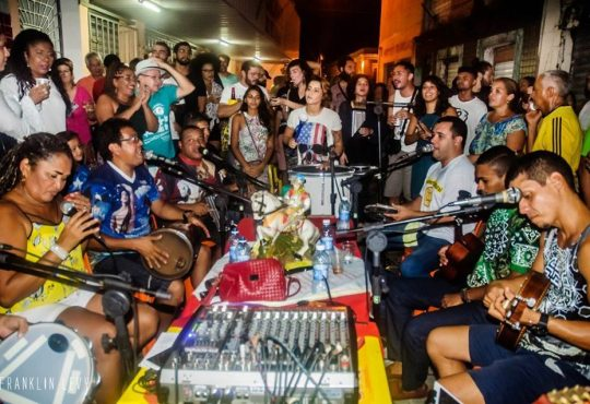 Samba e discotecagem movimentam quinta-feira no Centro de Natal