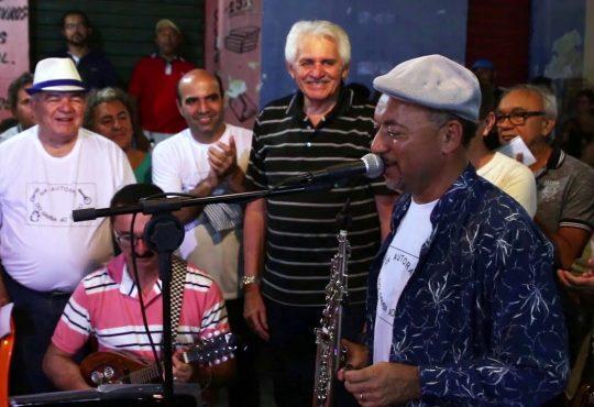Sambistas saúdam presença das raízes africanas no samba neste sábado em Natal
