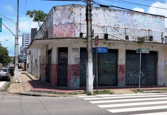 O início do bairro Lagoa Nova e o embrião para a maior rede de TV do RN