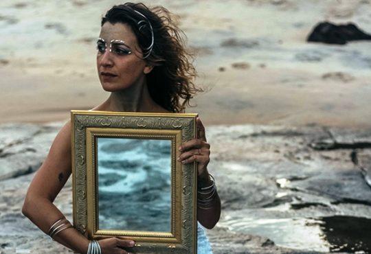 CURTINHAS: Silvia Sol canta o mar na orla de Ponta Negra nesta sexta