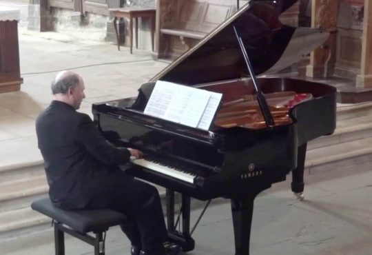 Concerto gratuito nesta sexta traz pianista alemão a Natal