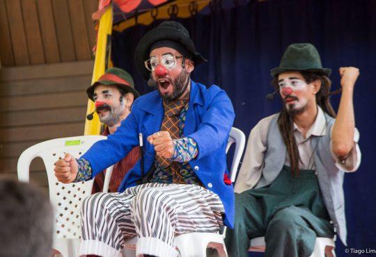 Trio de palhaços e estreia do Trio Poti animam Parque das Dunas domingo