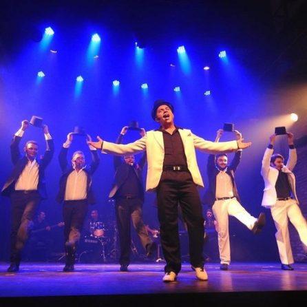 grupo vocal acorde participa da semana da música