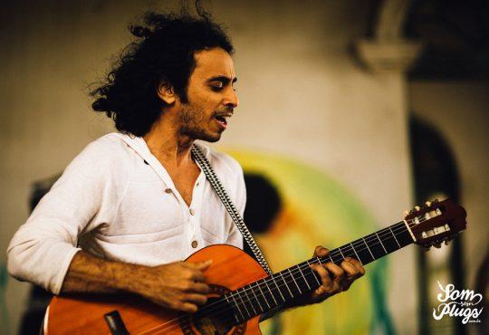 Yrahn Barreto traz canções dos seus três álbuns ao Bardallos nesta sexta