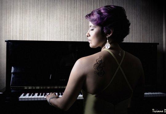 Cantora e compositora potiguar quer homenagear o Nordeste em novo disco