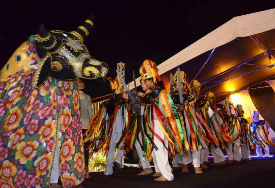 Tradição da queima do boi celebra a Festa dos Reis neste domingo