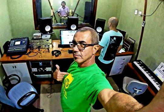 Estúdio selecionará 10 canções potiguares para gravação profissional